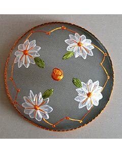 Home & Kitchen supply vliegenkap witte bloemen ø 35,5 cm