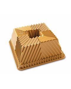 Nordic Ware Squared Bundt bakvorm 22 x 22 cm gietaluminium goudkleurig
