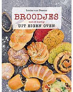 Broodjes uit eigen oven : zoet & hartig