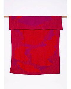 by TextielMuseum plaid Jongeriuslab introduces Studio Truly Truly 148 x 115 cm rood