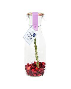 Pineut tafelwater Kers, cranberry en rozemarijn
